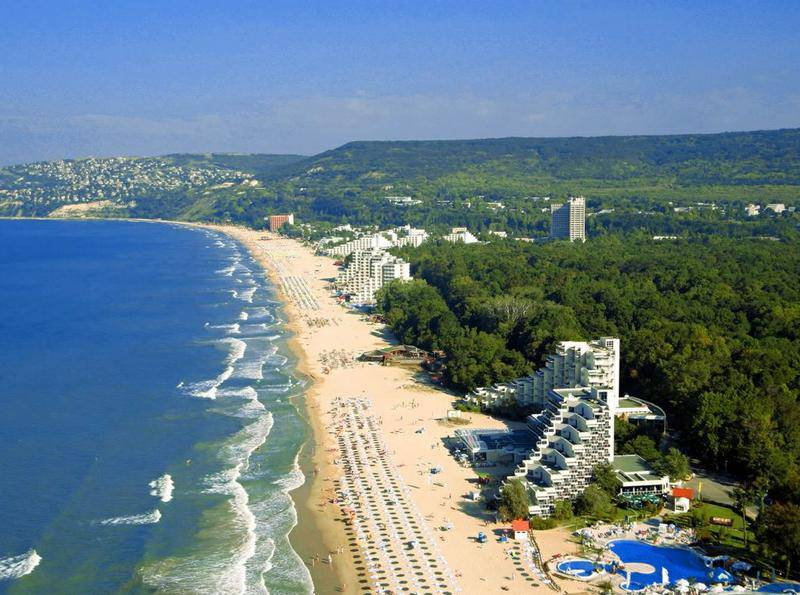 Пляж курорта Албена