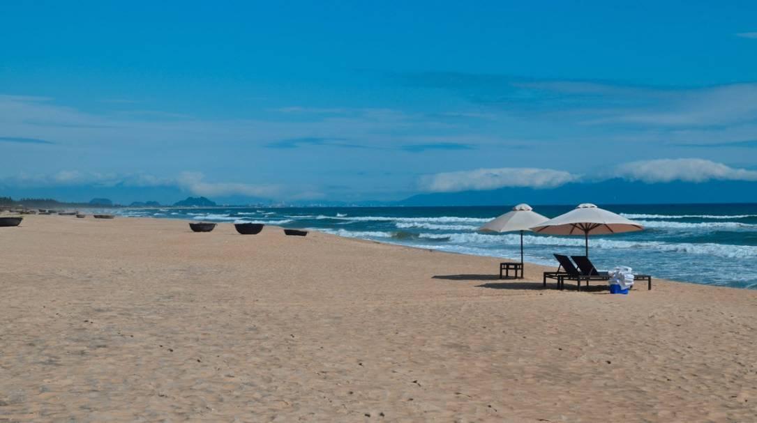 Пляж Чайна - Бич