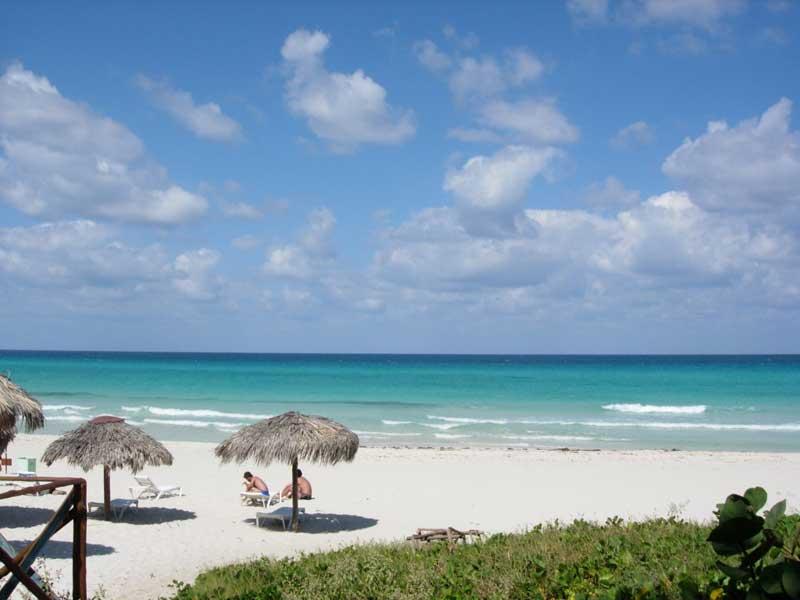 Пляж Мадхия