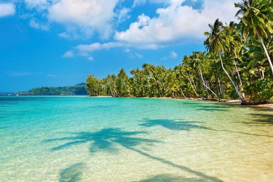 Пляж Карон в Таиланде