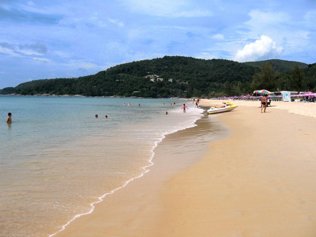 Таийский пляж Карон