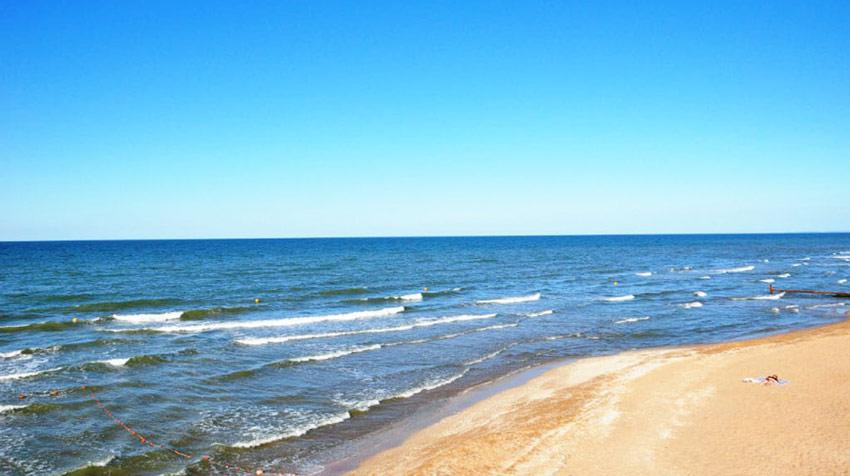 пляжи поселка Кучугуры Азовское море