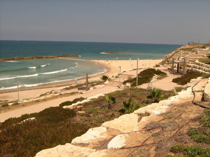 Пляж Ган-Леуми