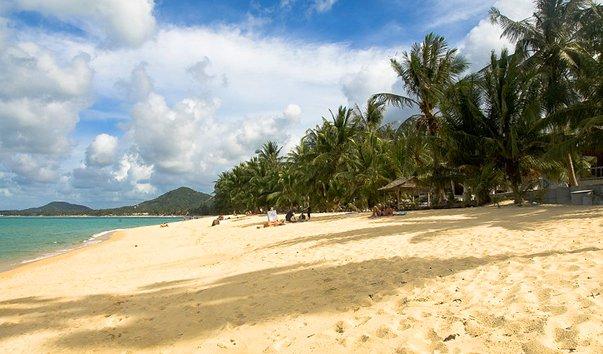 Пляж Мае Нам