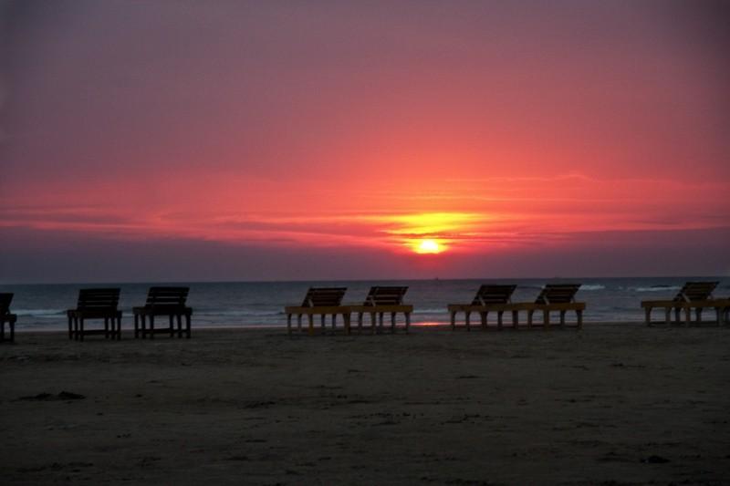 Пляж Морджим