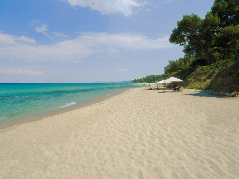 Пляж в Криопиги