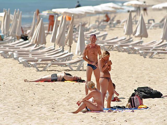 Нудисты в Испании