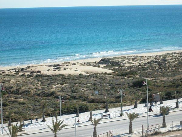 Пляж Ареналес дель Сол
