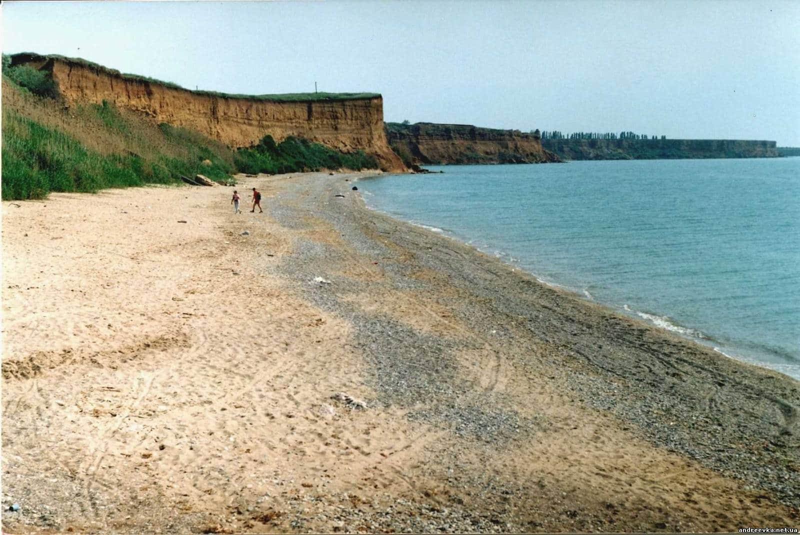 Песчаный пляж в Андреевке