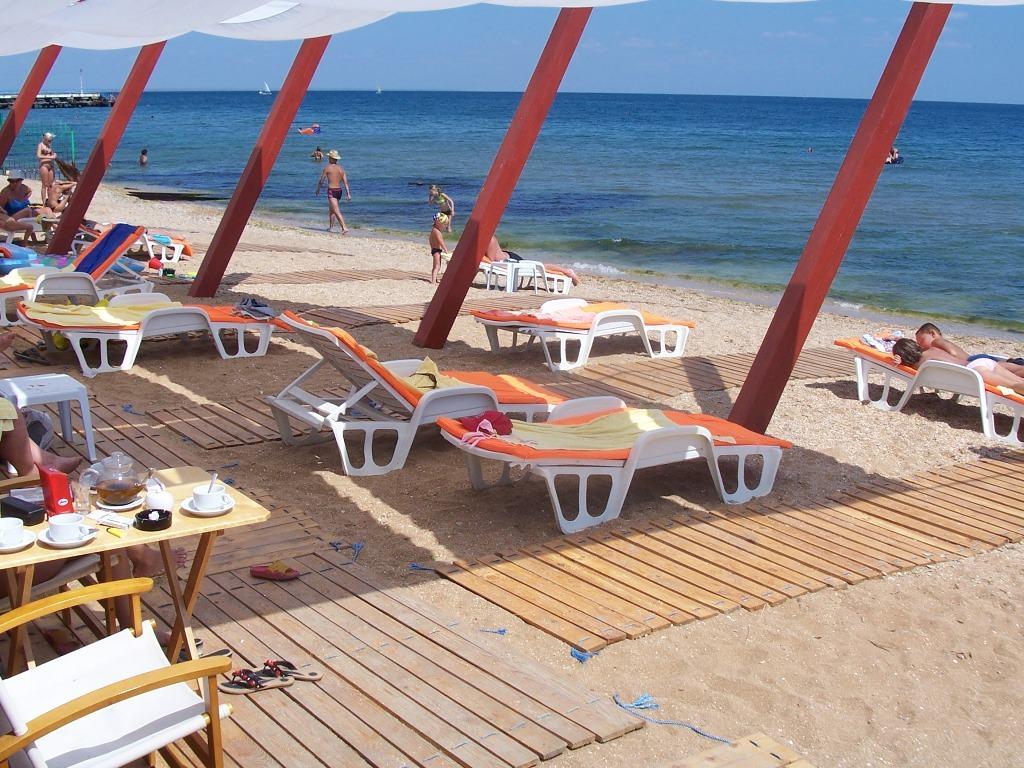 Клуб 117 на пляже