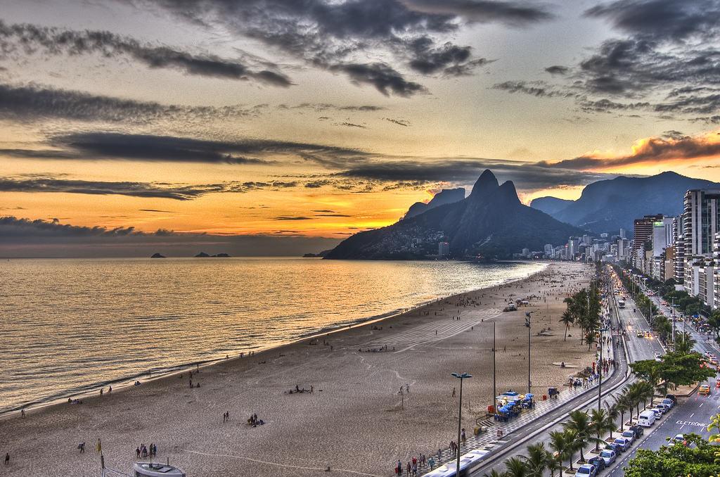 Пляж Ипанема в Рио-де-жанейро