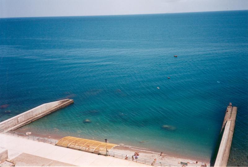 Пляж санатория Южнобережный