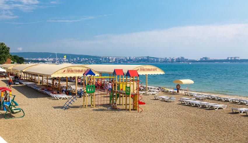 пляж Приветливый берег Геленджик