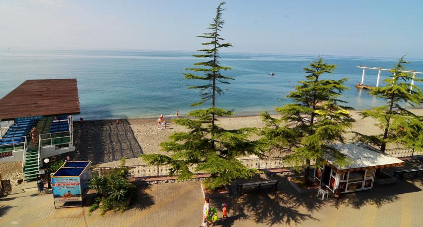 Пляж профилактория Эдельвейс