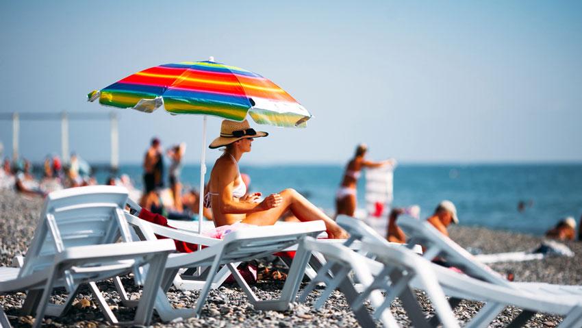 отдых на пляже в Сочи