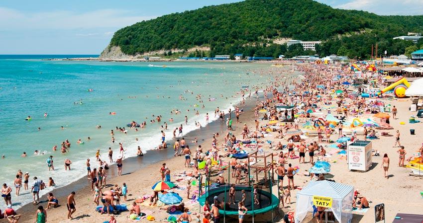 Приморский пляж Сочи