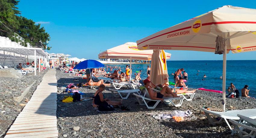 отдых на пляже Солнечный в Сочи