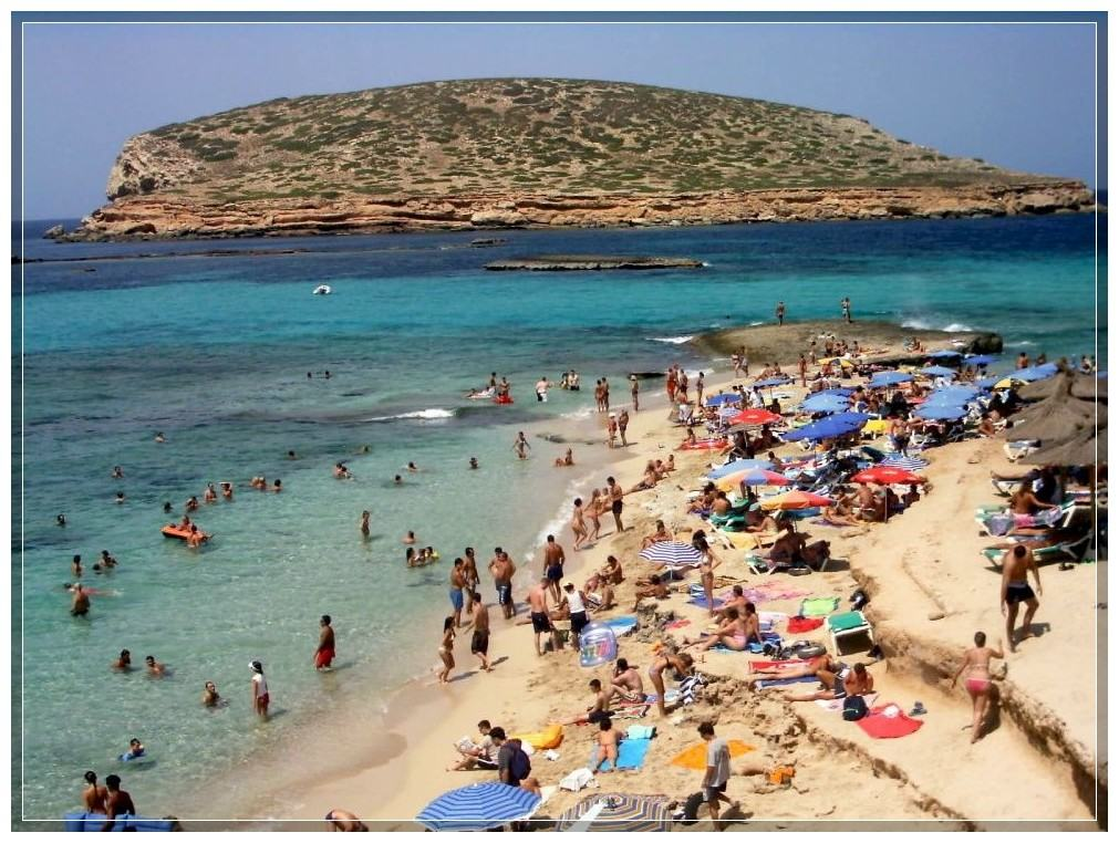 Playa des Cavalet на Ибице