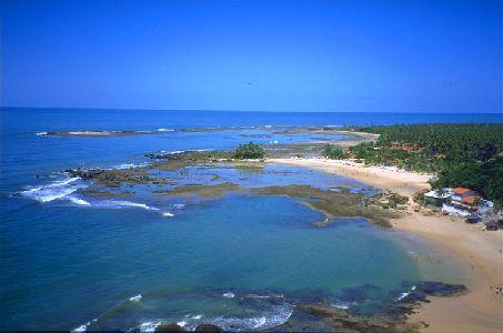 Пляж Прайя-ду-Санчо в Бразилии