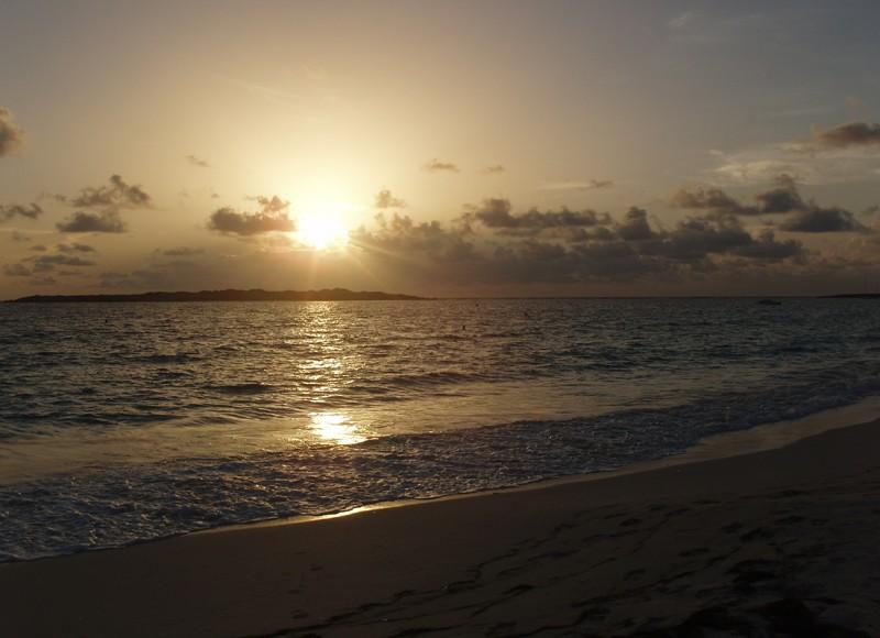 Orient Bay пляж