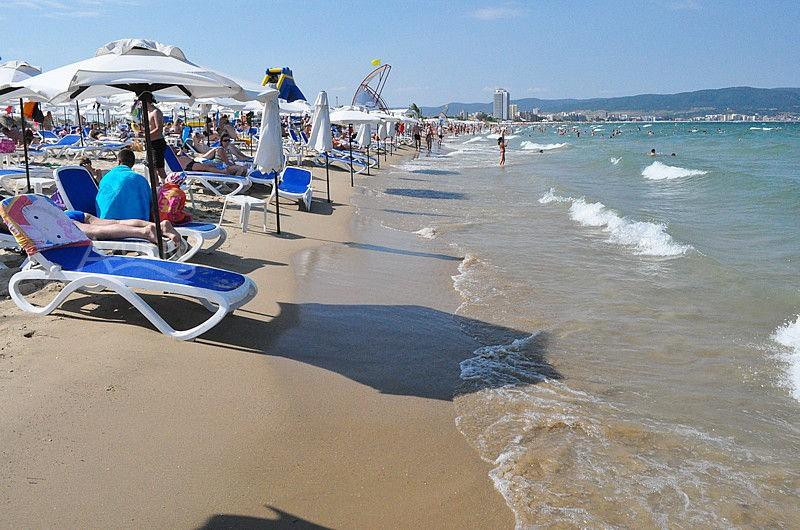 Пляжи Несерба