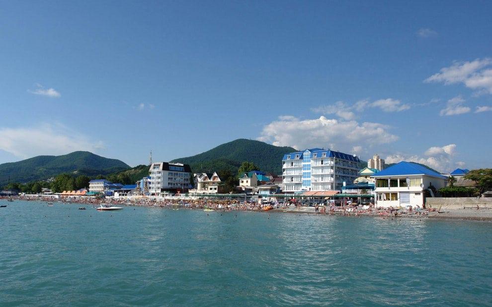 Лазаревское - лучшие пляжи