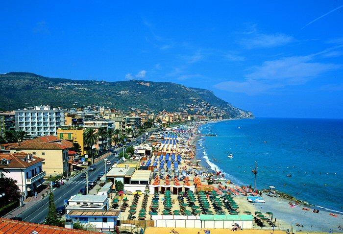 Пляжи Генуи