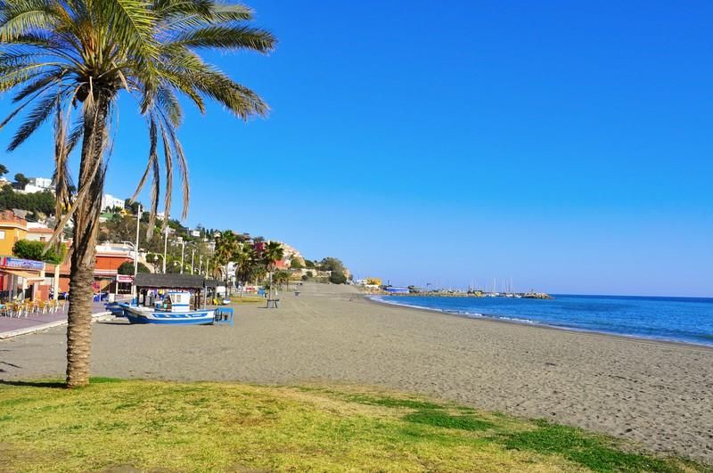 Малага -пляжный отдых