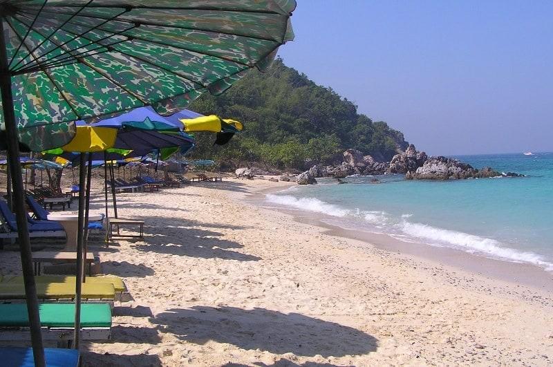 Пляж Daeng