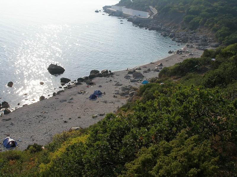 Дикий пляж Форос