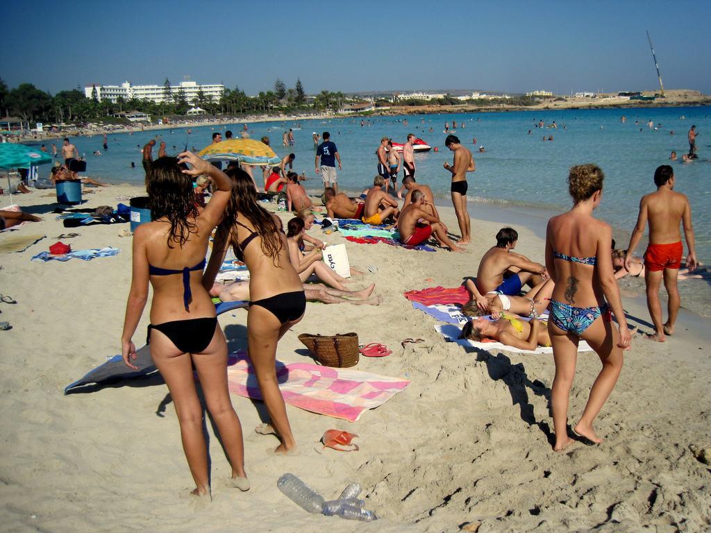 На пляже Нисси бич