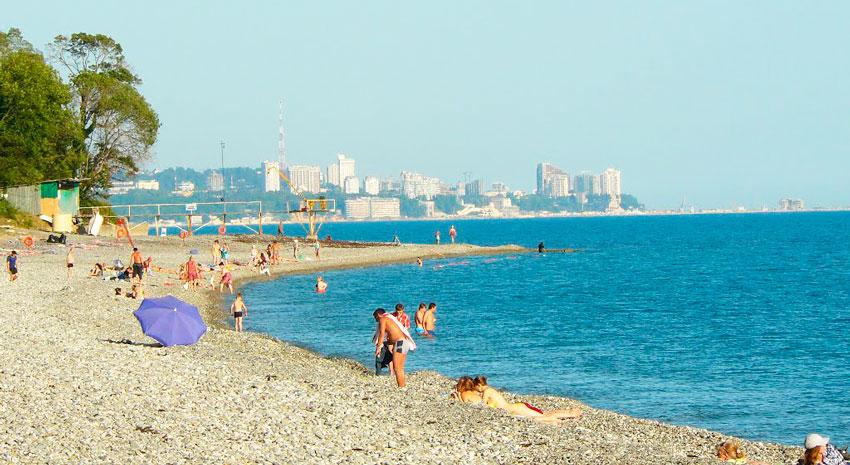 пляж посёлка Уч-Дере