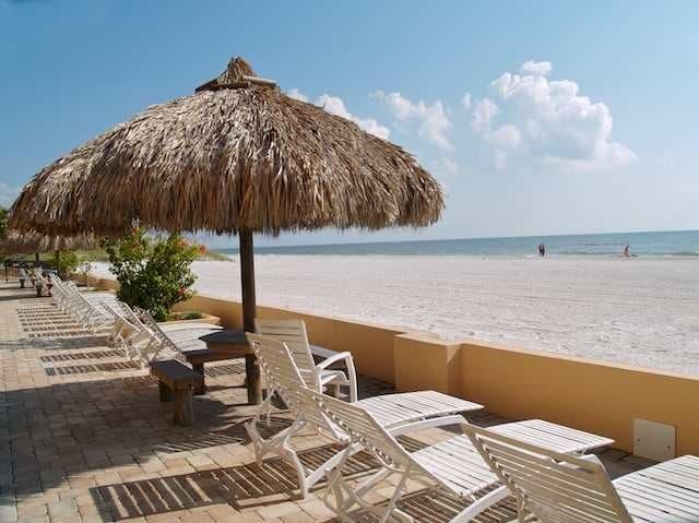 Пляж Мэдейра Бич