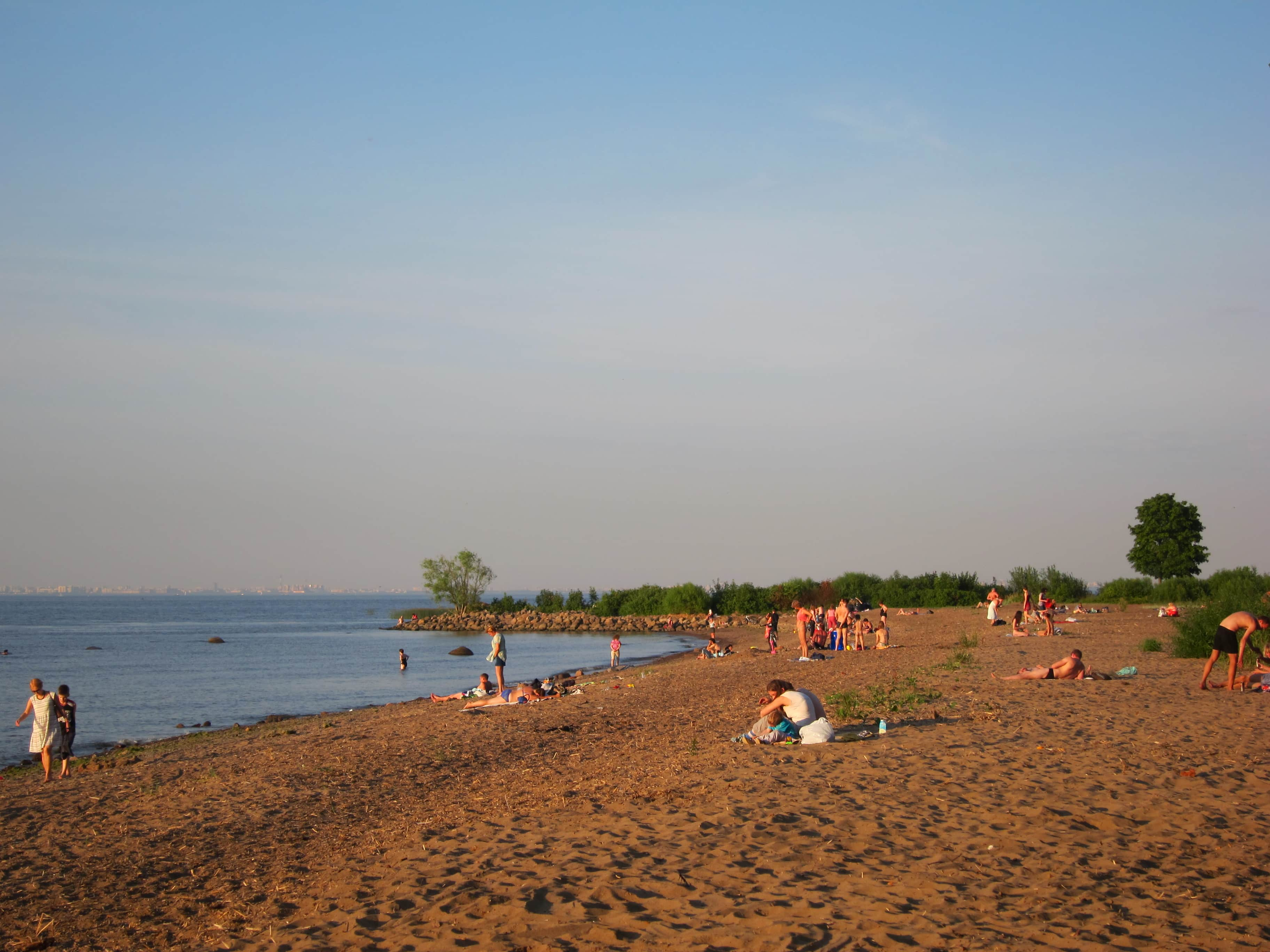 Пляж в Петергофе