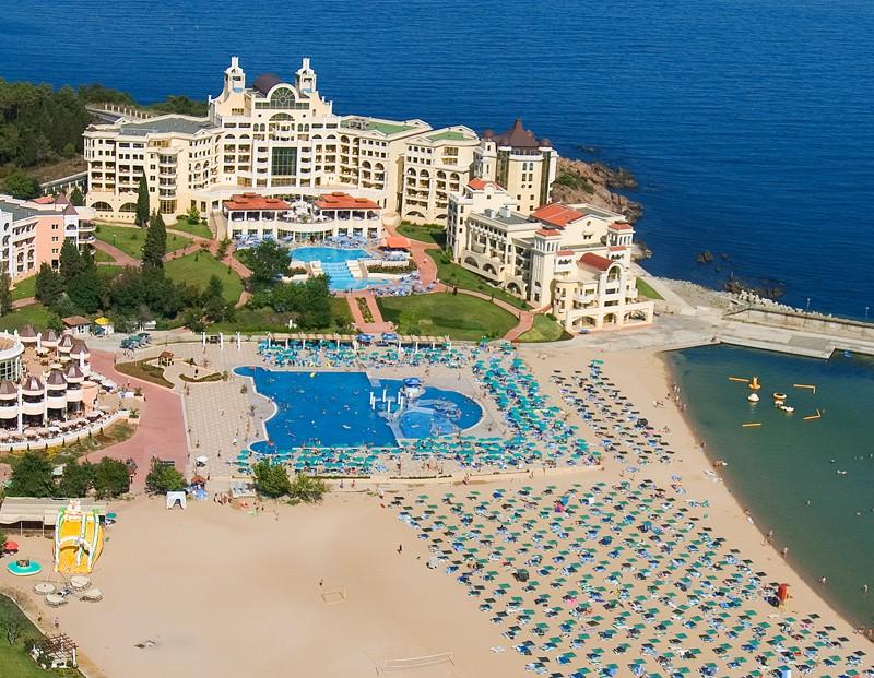 Пляж отеля MarinaPalace