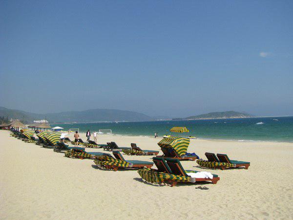 Пляжи острова Чхёнчау