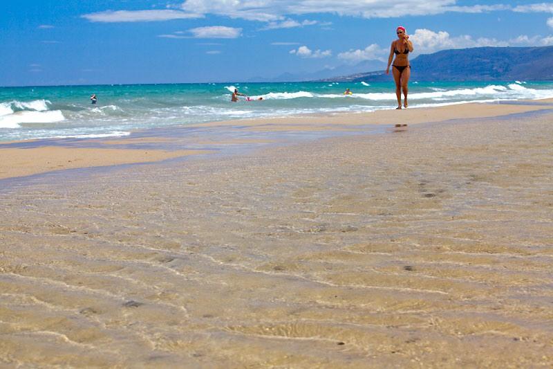 Пляж Алмирос