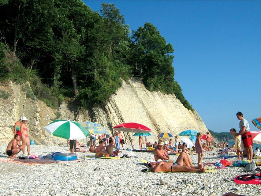 Пляж курорта Агой