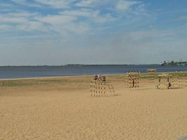 Купание на пляжах Архангельска