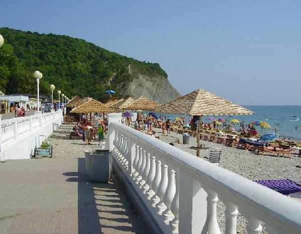 Отдых на пляжах в Архипо-Осиповке