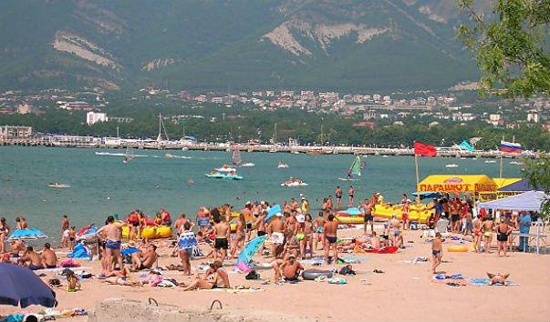 Центральный пляж Архипо-Осиповки