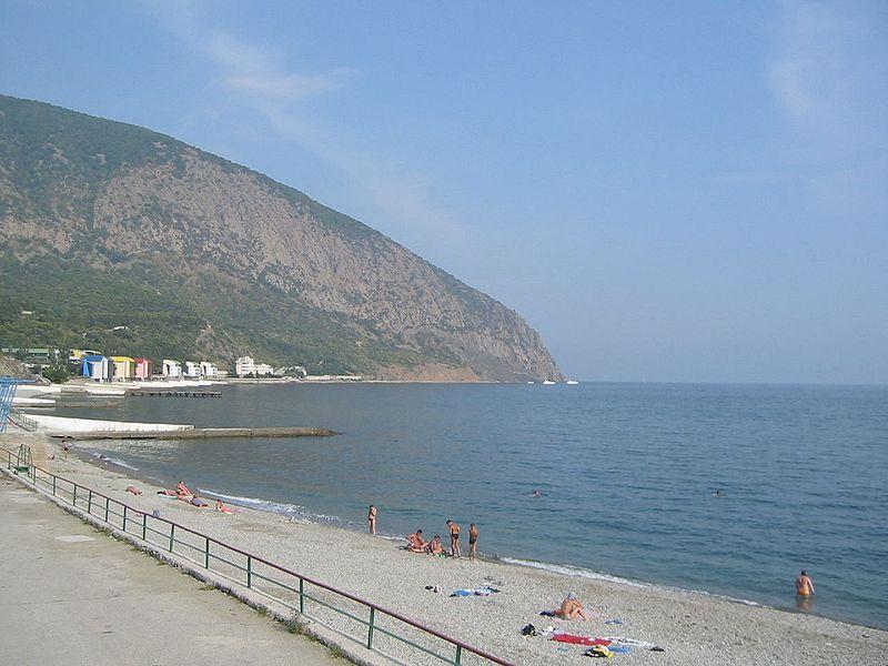 Фото пляжей Артека