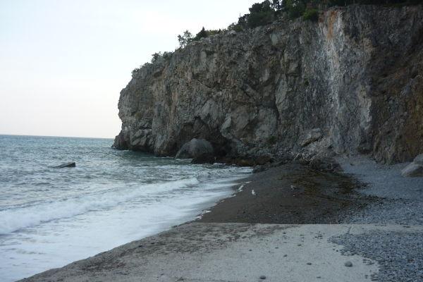 Пустынные пляжи Артека