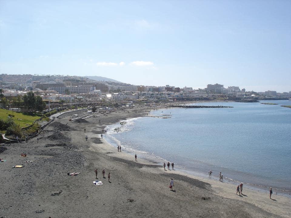 Пляжи и отели Коста Адехе