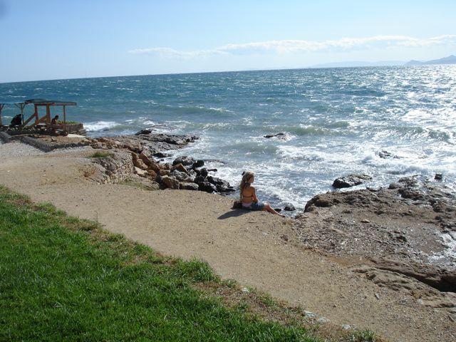 Пляж Фалирон рядом с  Афинами