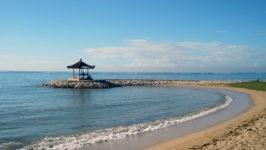 На пляжах Бали