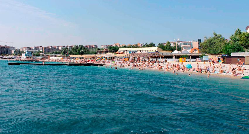 центральный пляж Новороссийска