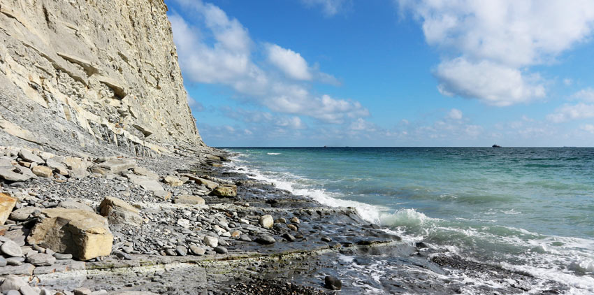 дикий пляж Новороссийск