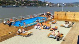 На пляжах Венгрии