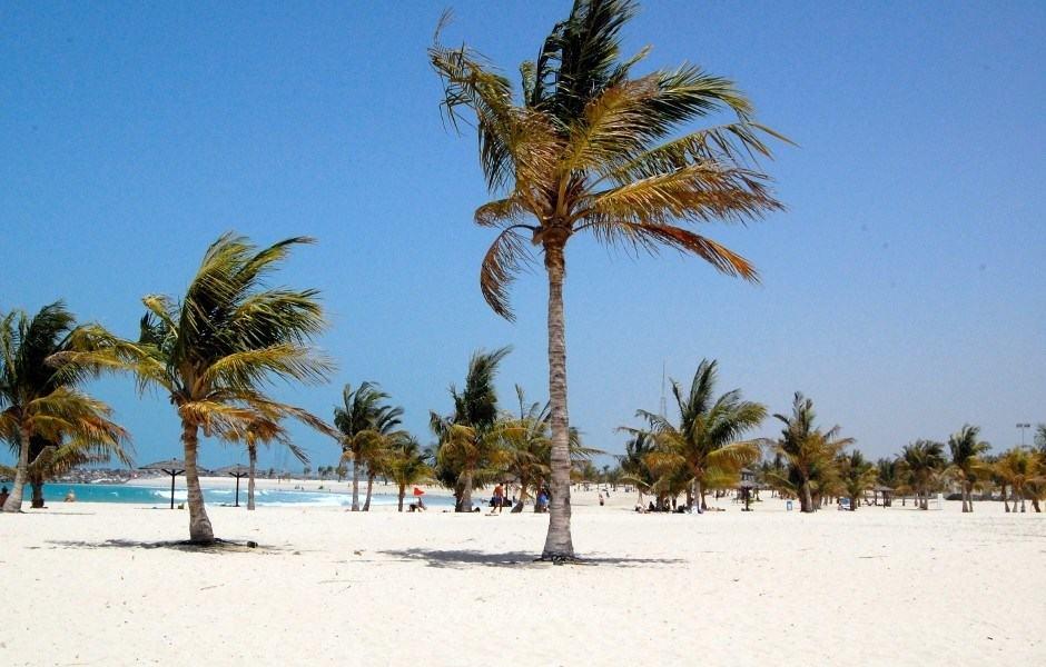 Главный пляж Дейры